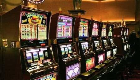 Играть в игровые аппараты казино бесплатно